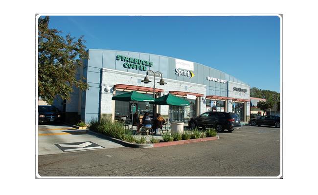 Multi-Tenant-Retail-Building-Slider